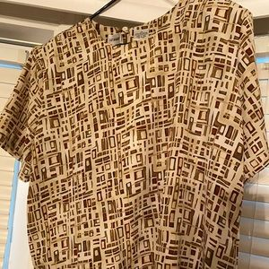 Plus size women's shirt